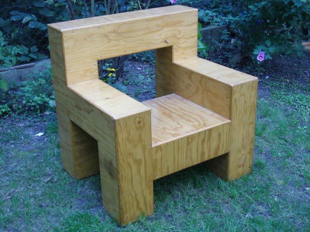 Pappelholz. Poplar wood. 90cm x 75cm x 90cm